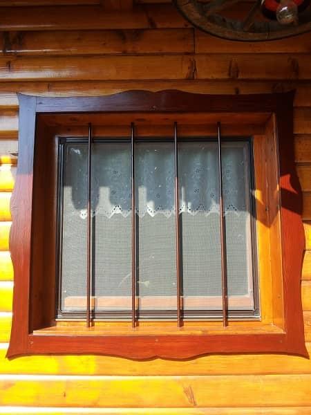 fiksni komarnik za okno